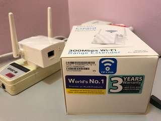 TP-Link 300Mbps WiFi Range Extender (TL-WA855RE)
