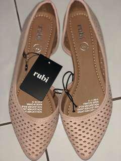 Rubi Pointed Shoes