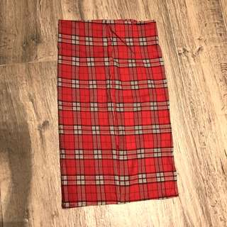 🚚 Red plaid pencil skirt