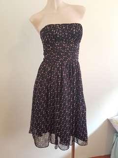 Kuku strapless womens dress size 6. Floaty