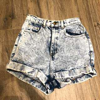 🚚 American apparel highwaisted shorts