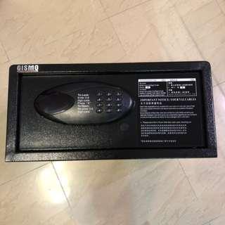 全鋼酒店用電子密碼 保險箱 可入牆 家用夾萬  保險櫃 Steel safe box keep A4