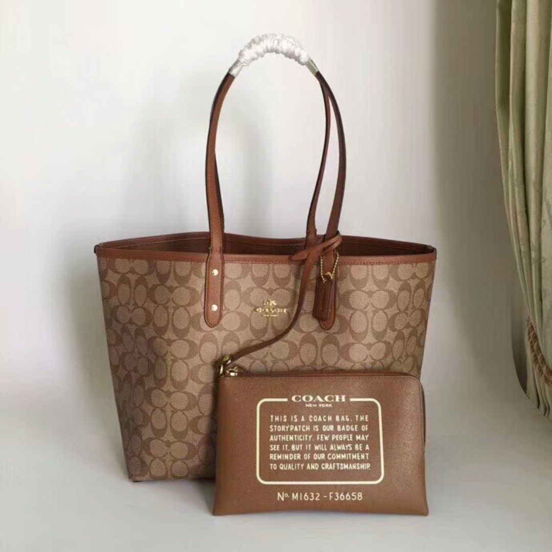 d4bb79f4fefd3 Coach Tote bag, Women's Fashion, Bags & Wallets, Handbags on Carousell