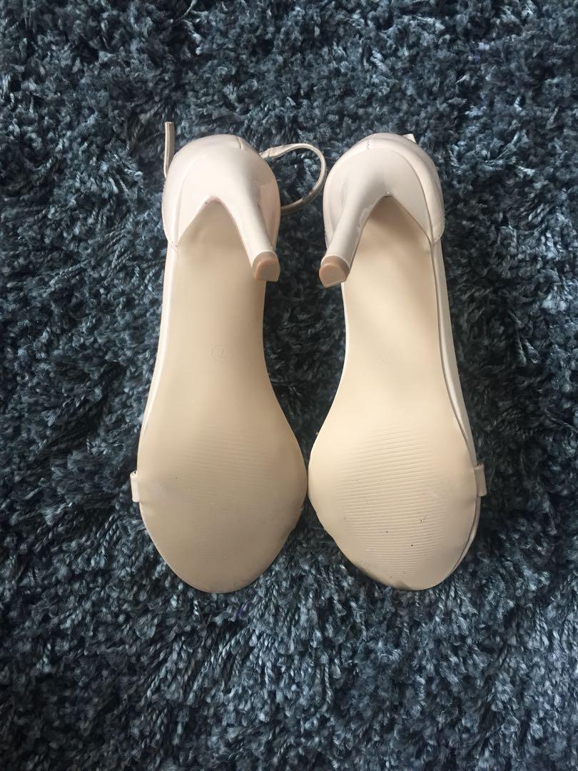 Dazie Nude Heels (patent) 7