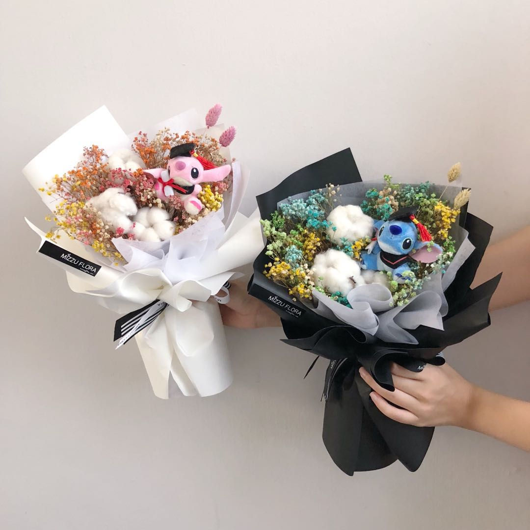 Graduation Flower Bouquet | Stitch Bouquet | Dried flower bouquet ...