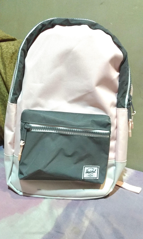 588ef1700bc Herschel Supply Co. Settlement Mid Cloud Pink Reflective 17L Backpack