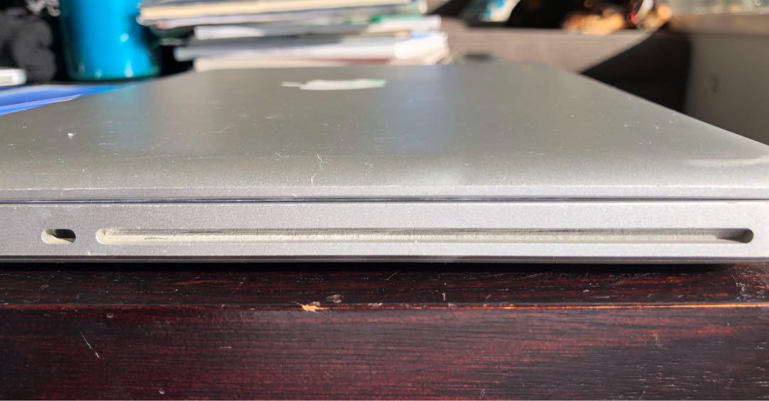 MacBook Pro 13-inch 128gb