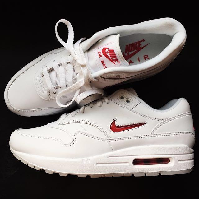 huge discount f6bc2 5b969 Nike Air Max 1 Premium SC Jewel  Rare Ruby  Colourway, Men s Fashion ...