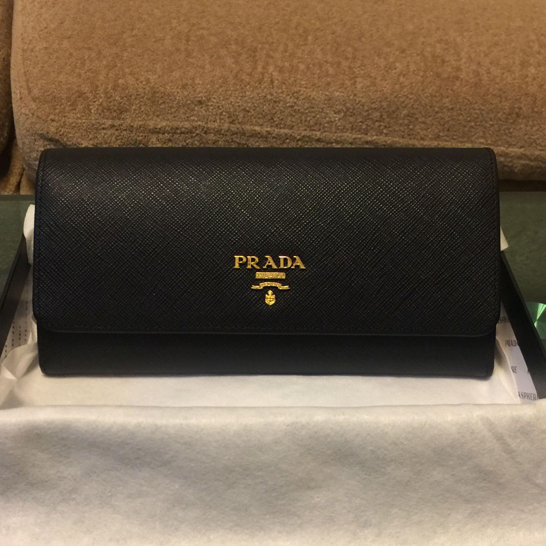 ea1e5ff23c6e Prada wallet [SALE], Luxury, Bags & Wallets, Wallets on Carousell