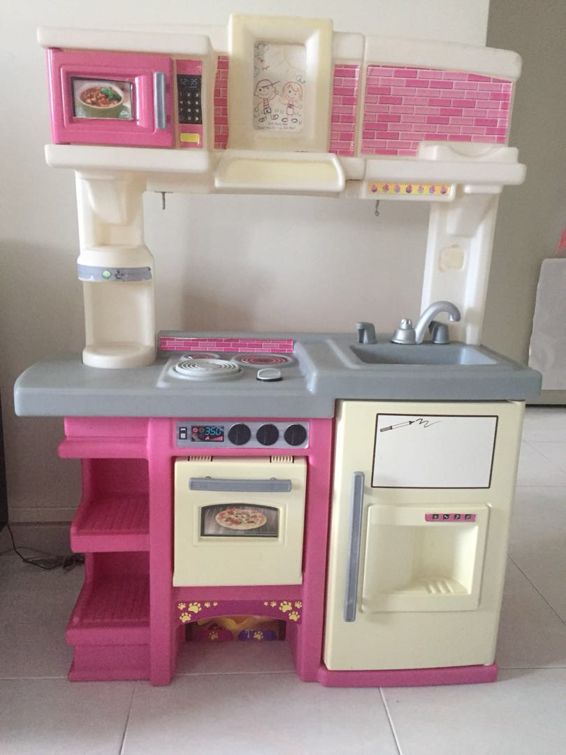 Step 2 Full Size Toy Kitchen Set Pretend Play Babies Kids Toys