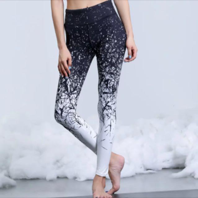 0bcaeb67b3d7a Stylish Yoga pants (size M), Peralatan Sukan, Pakaian Sukan dan Atheletic  di Carousell