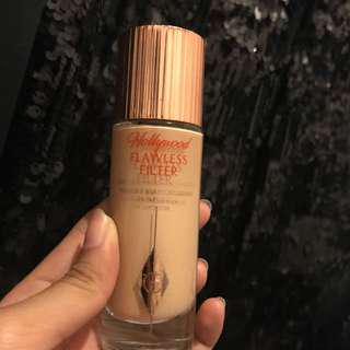 Hollywood flawless filter (highlighter)