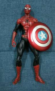 Marvel Select Spiderman with Cap's Shield