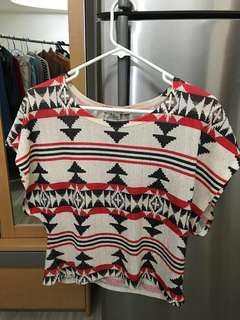 Tribal Pattern Red White Black Crop Top 民族黑白紅頭安短身T上衣