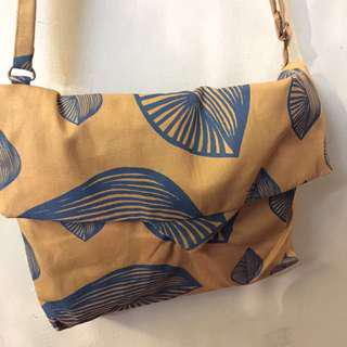SHELL SERIES (Canvas Flap Bag)