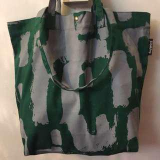 CHUNKY THUMB SERIES (Dump-It-All-In Large Canvas Tote Bag)
