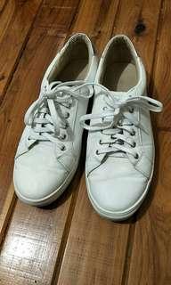 Lavish women white shoes
