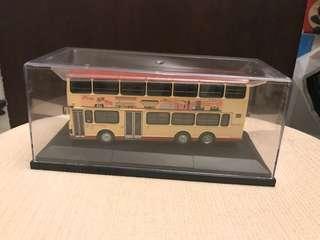 1:76巴士模型告別式熱狗富豪11米