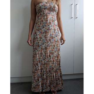 Strapless Summery Maxi Dress