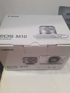 CANON EOS M10 KIT (EF M15 45 MM IS STM)