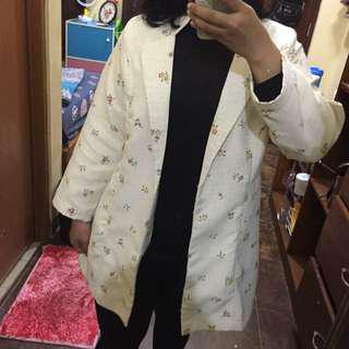 Outer by No brand