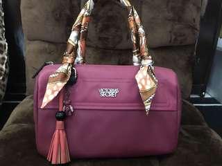 Used Victoria's Secret purple fuchsia doctors bag