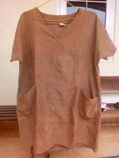 Magnolia brown dress