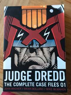 Judge dredd complete case files 01, 2000 AD