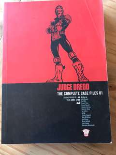 Judge dredd complete case files 01