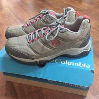 Columbia Women's Firecamp II Waterproof Hiking Shoes In Light Grey #Next30