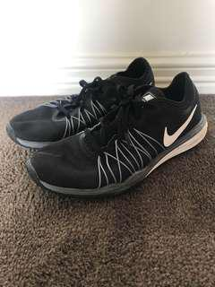Nike duel fusion