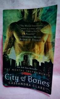 City of Bones(Book 1)