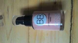 BB cream lasting to moisture repair