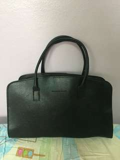 Sandra Club black handbag