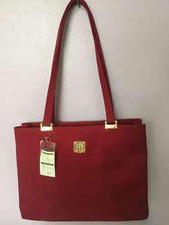 Aromua Red Shoulder bag