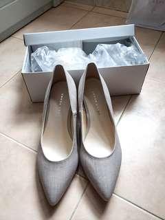 ♡全新♡ Jelly Beans 銀灰色矮踭鞋 (日本size : 23.5)