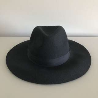 ALL ABOUT EVE Hat [NWT]