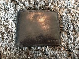 Oroton Leather Wallet mens - Never used perfect condition