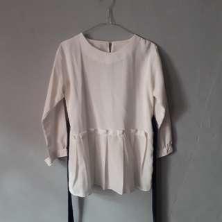 White remple blouse (reprice)