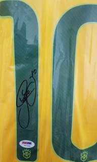 球迷收藏品---前Barcelona巴塞隆拿 MSN 成員,PSG巴黎聖日耳門球星尼馬(Neymar), 巴西國家隊(Brazil)親筆簽名球衣!
