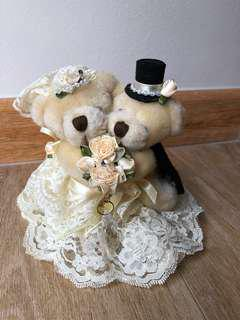 Lovely Lace bear Wedding Ring holder