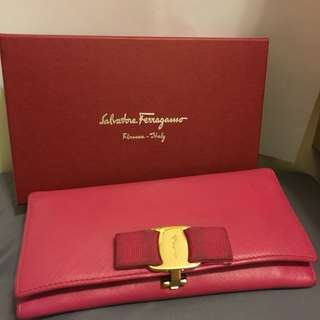 Salvatore Ferragamo Wallet 60%