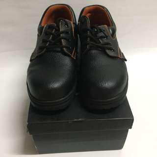 Black Safety steel shoe