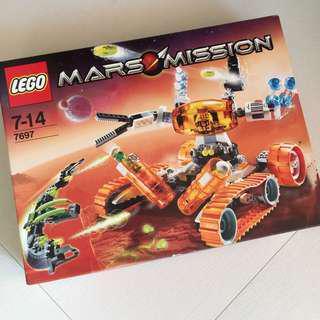 【絶版,全新】LEGO Mars Mission (#7697)