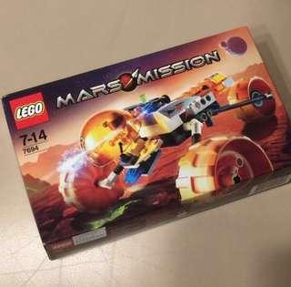 【絶版,全新】LEGO Mars Mission (#7694)