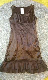 🚚 摩門杜迪 洋裝