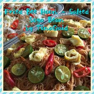 Fried Bee Hoon (Salted Soya Bean)