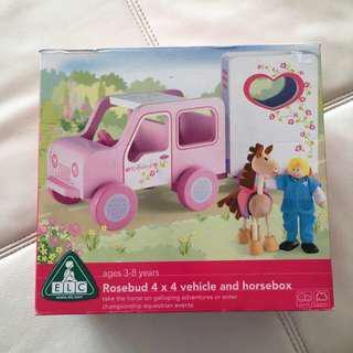 ELC Rosebud 4x4 vehicle and horsebox