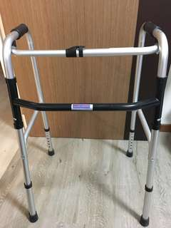 DNR Foldable Walking Frame