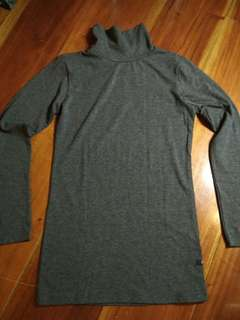 BAYO Gray Long Sleeve Turtleneck Sweater Shirt